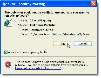 Security Warning dialog box about foldersettings.reg file